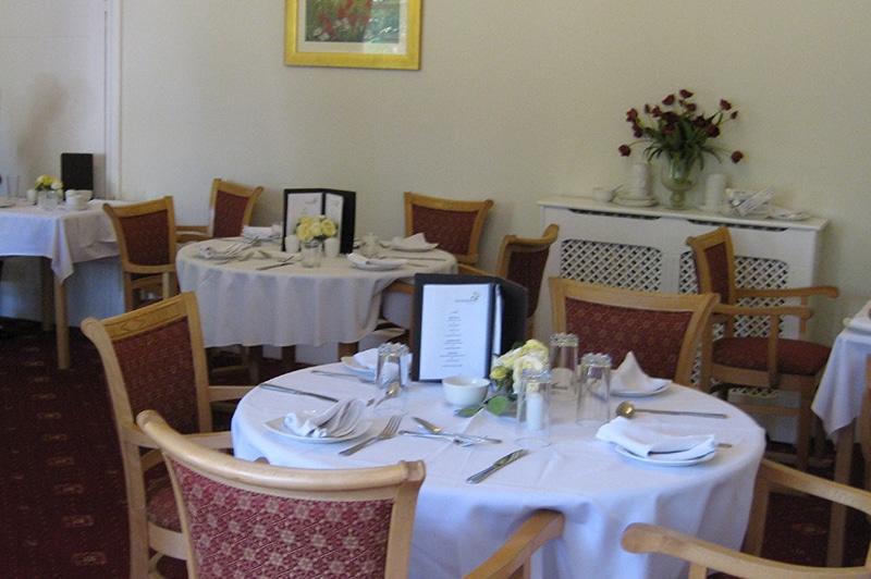 Nettlestead care home dining room
